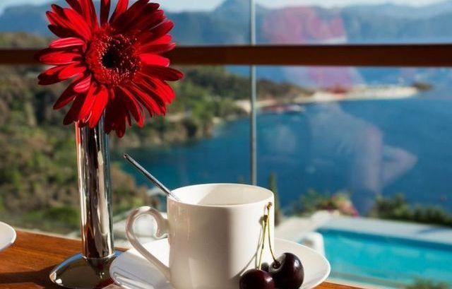 kofe u morja kartinki