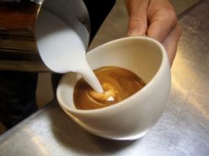Как выбрать молоко для капучино