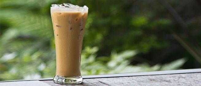 Замороженный кофе с молоком