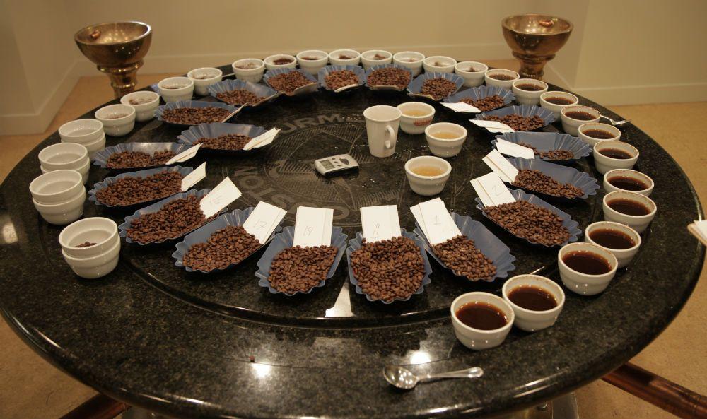 стол для дегустации кофе